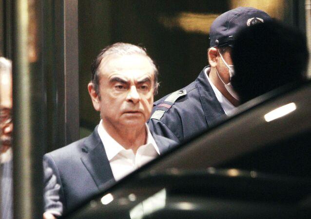 Exhlava koncernu Nissan Carlos Gon