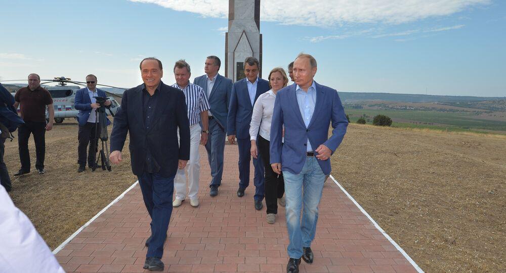 Silvio Berlusconi a Vladimir Putin na Krymu