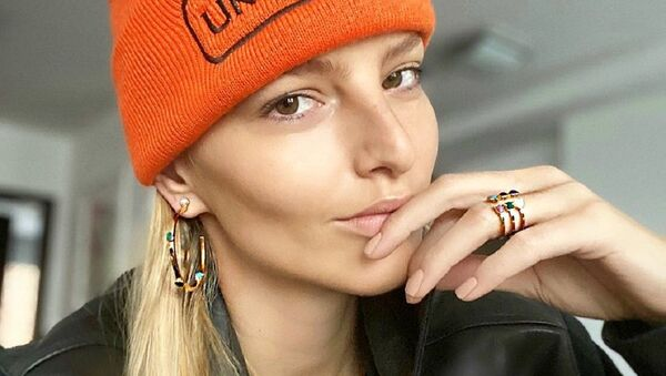 Slovenská topmodelka Kociánová vyprovokovala Instagram snímkem bez make-upu - Sputnik Česká republika