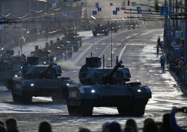 Tank T-14 Armata 9. května v Moskvě. Ilustrační foto