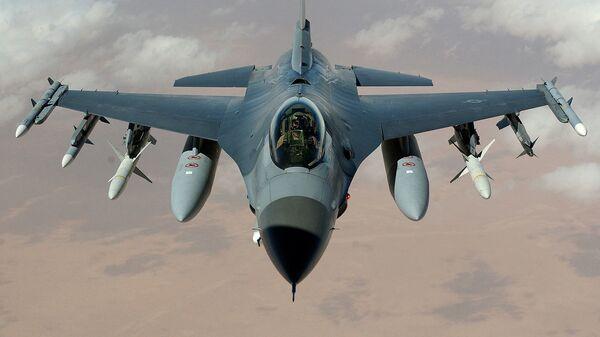 Stíhačka F-16 - Sputnik Česká republika