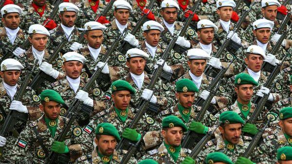 Íránští vojáci - Sputnik Česká republika