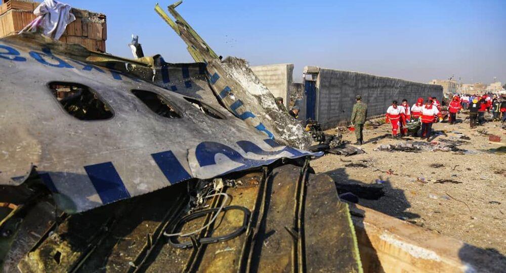 Na místě katastrofy letadla Boeing 737-800