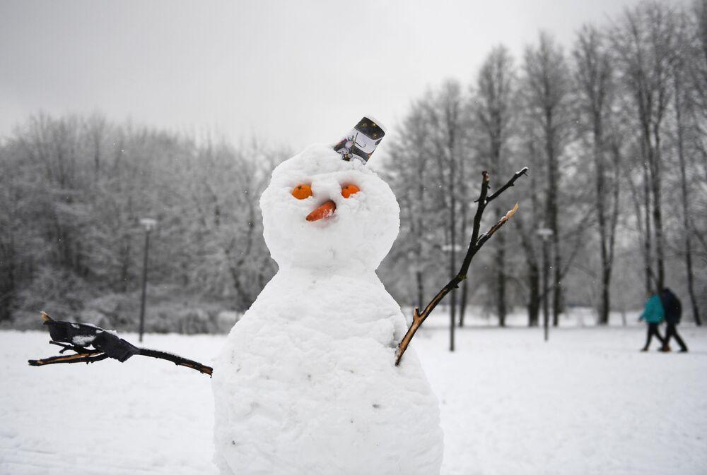 Sněhulák v jednom z moskevských parků