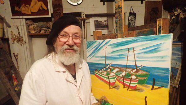 Soudní znalec a bývalý námořník ve svém ateliéru - v Galerii U Andělíčka v Plzni - Sputnik Česká republika