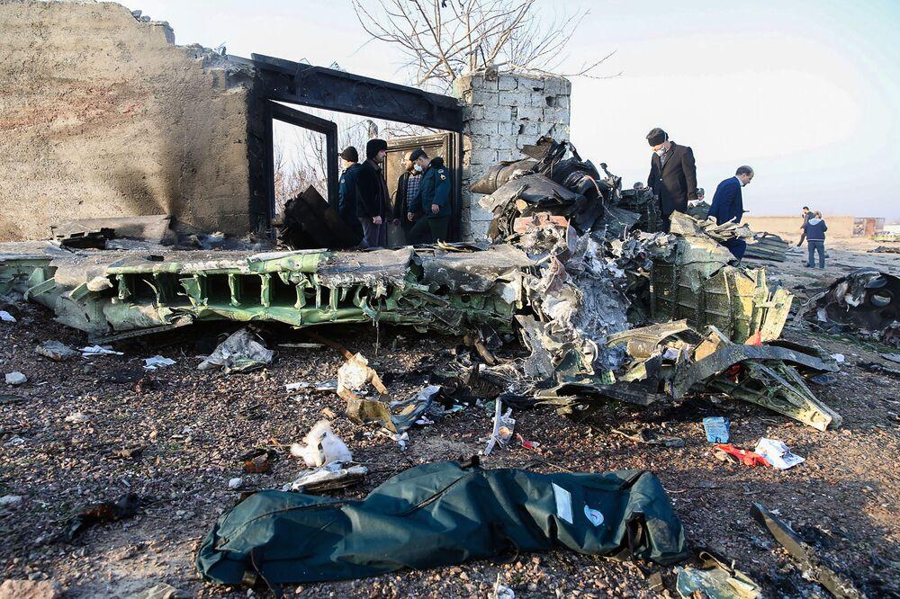 Místo havárie ukrajinského letadla v Íránu 8. ledna 2020