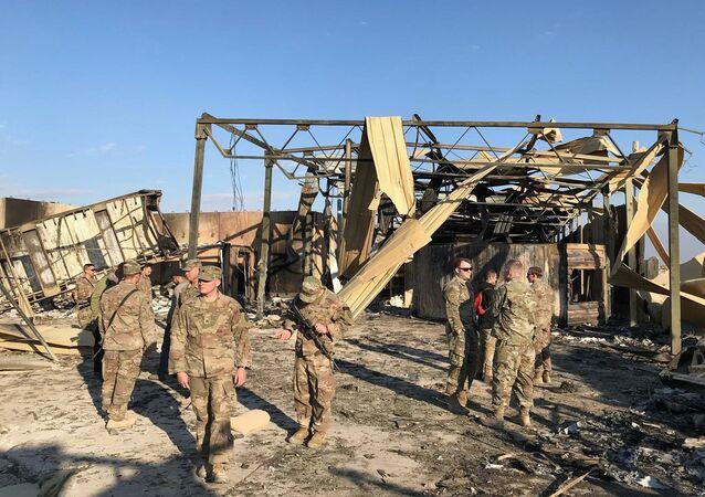 Důsledky íránského útoku na americkou leteckou základnu Asad v Iráku.