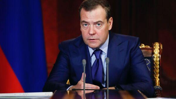 Premiér Dmitrij Medveděv - Sputnik Česká republika