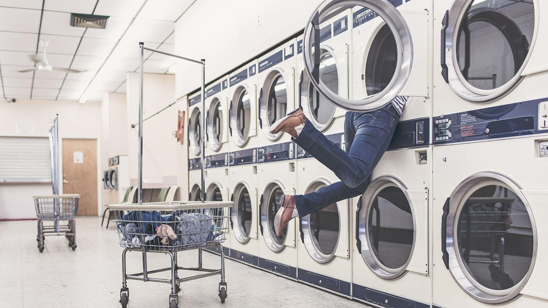Dívka při praní v prádelně - Sputnik Česká republika, 1920, 01.04.2021