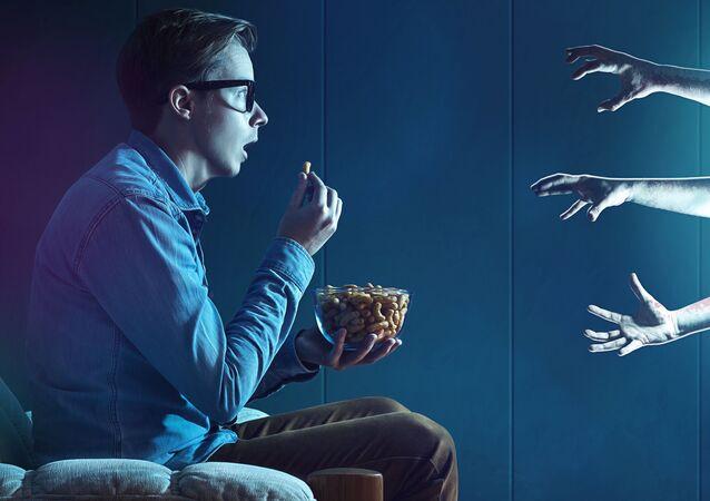 Sledování televize. Illustrační foto