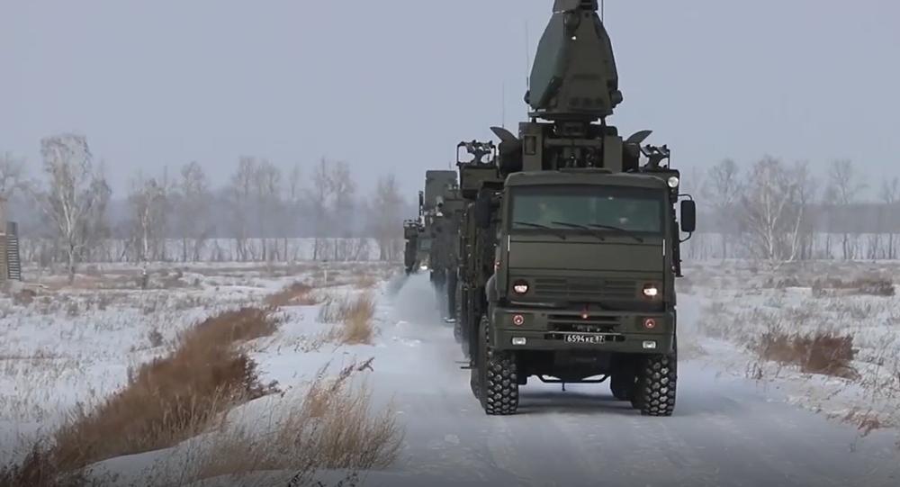 Vojenské jednotky efektně ovládají raketové systémy Iskander-M, S-300 a Pancir-S1 na území celého Ruska