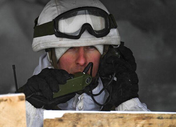 Vojáci motorizovaných jednotek na lyžařském výcviku v Kemerovské oblasti - Sputnik Česká republika