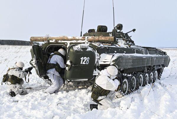 Lyžařský výcvik vojáků v Kemerovské oblasti - Sputnik Česká republika