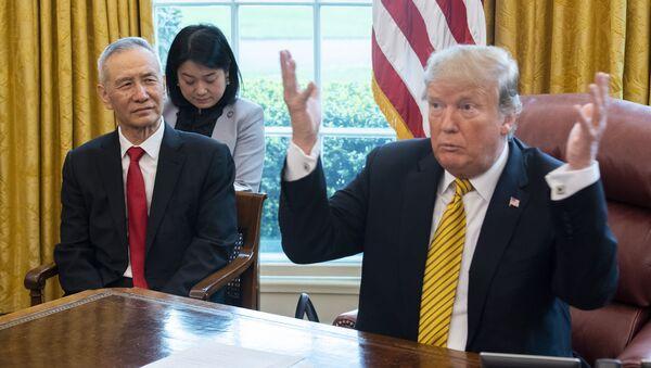 Donald Trump a Liou Che - Sputnik Česká republika