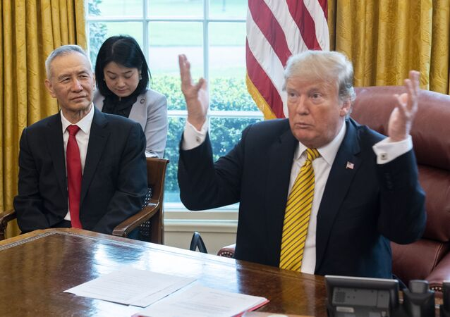 Donald Trump a Liou Che