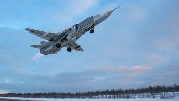 50 let ve vzduchu. Výcvikové lety ruských bojových letounů Su-24 a MiG-31 - Sputnik Česká republika