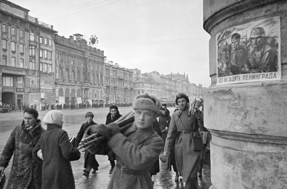 Něvský prospekt, říjen 1941.
