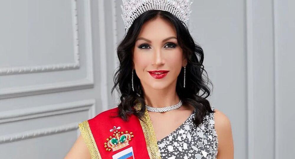Obyvatelka Petrohradu Ksenia Verbickaja vítězka soutěže Mrs. Classic Universal 2020