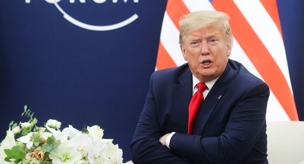Americký prezident na foru v Davosu