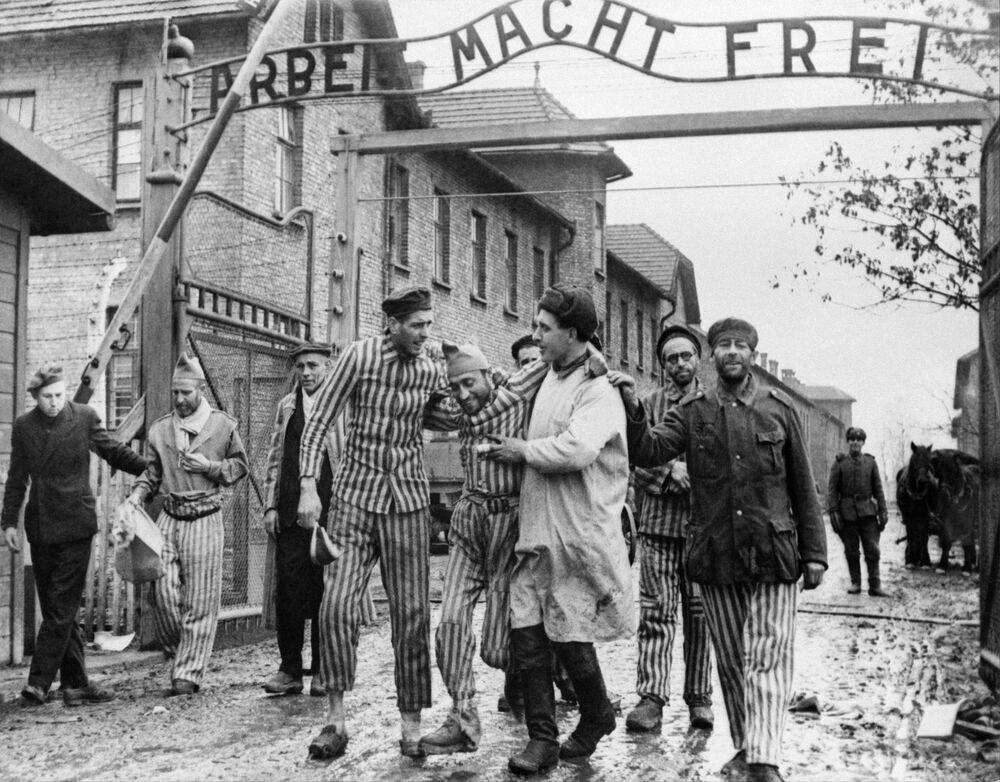 Osvobození vězňů koncentračního tábora Auschwitz-Birkenau, Osvětim, Polsko