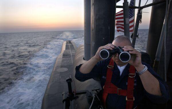 Americký námořník na palubě ponorky USS Florida třídy Ohio. - Sputnik Česká republika