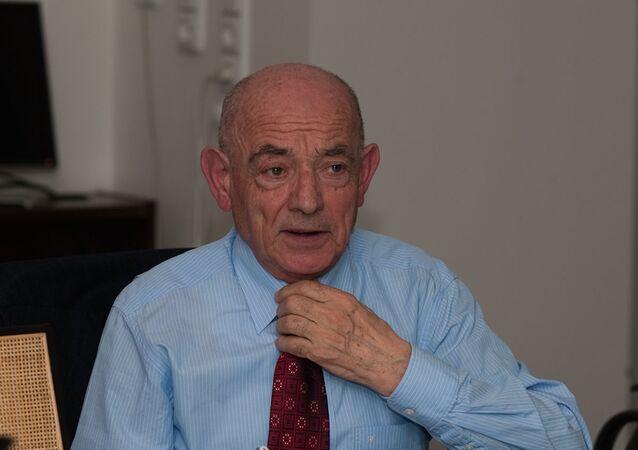 Český politik Luboš Dobrovský