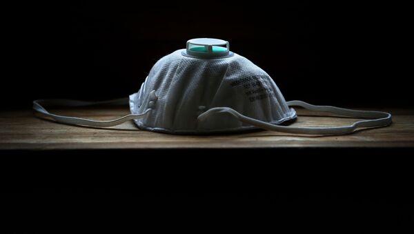 Ochranná maska. Ilustrační foto - Sputnik Česká republika