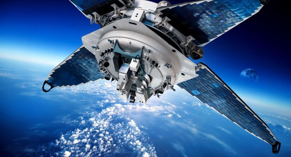Satelit na oběžné dráze. Ilustrační foto