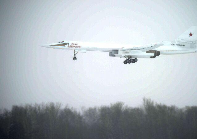 Bombardér Ту-160М