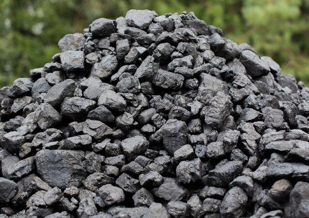 Uhlí. Ilustrační foto