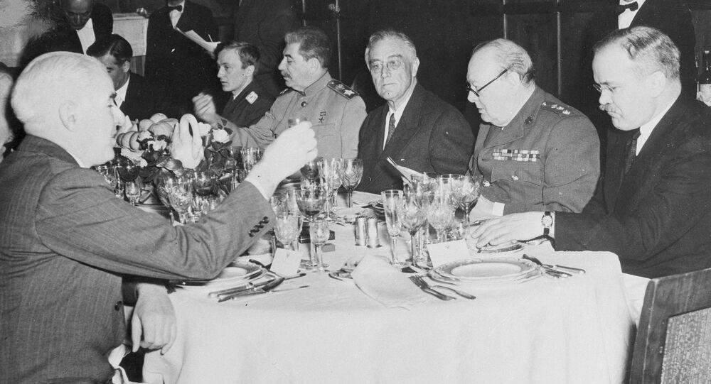 Účastníci Jaltské konference v roce 1945