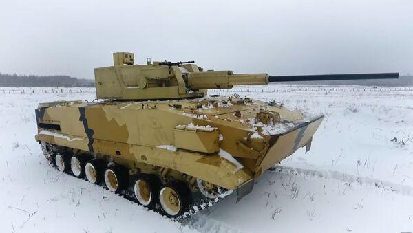 Hračky pro dospělé. V Rusku testovali nejnovější bojový modul AU-220M na dálkové ovládání - Sputnik Česká republika