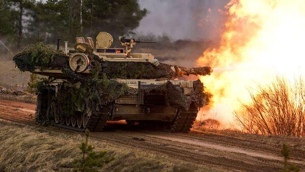 Tank M1 Abrams  - Sputnik Česká republika
