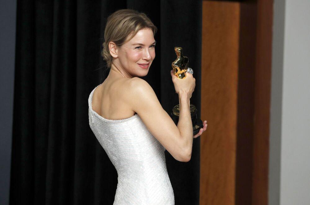 Herečka Renée Zellweger. Udělování Oscara 2020 v Los Angeles, USA.
