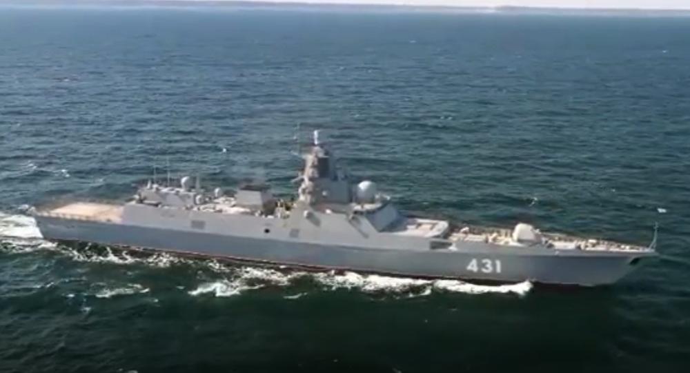 Video: Budoucí námořnictva. Unikátní záběry z testu komplexu radioelektronického boje první ruské sériové fregaty Admirál flotily Kasatonov