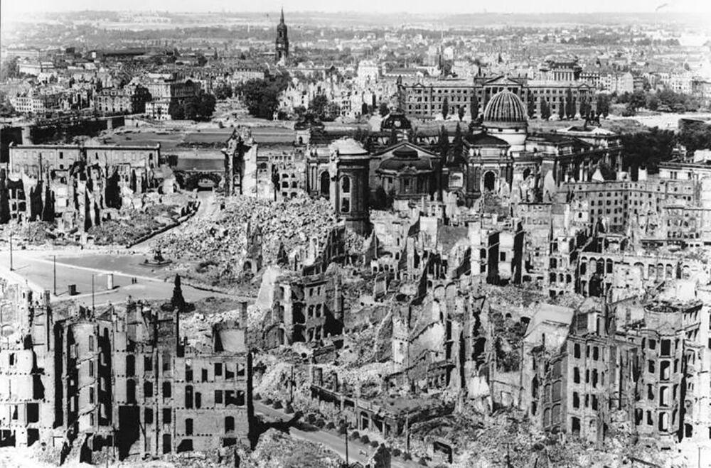 Pohled na zničené město