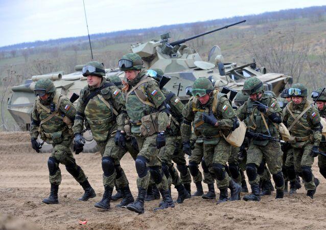 Vojenská cvičení v Čečensku