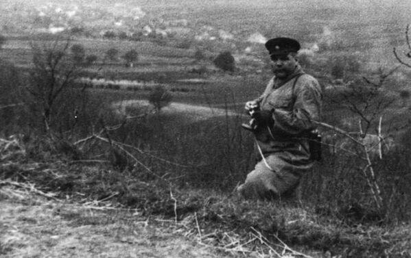 Maršál Rodion Malinovskij u obce Křepice v okrese Znojmo (duben 1945) - Sputnik Česká republika