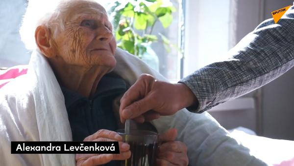 Taxikář poskytl přístřeší osamělé ženě, která přežila blokádu Leningradu - Sputnik Česká republika