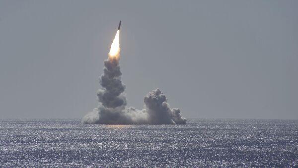 Testy balistické rakety Trident II (D5LE) z ponorky třídy Ohio u pobřeží San Diega v Kalifornii - Sputnik Česká republika