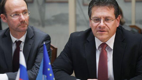 Místopředseda Evropské komise Maroš Šefčovič na schůzce s ruským ministrem energetiky Alexandrem Novakem v Moskvě - Sputnik Česká republika