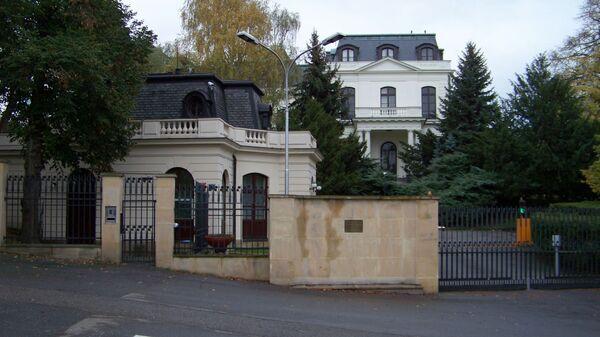 Náměstí Pod kaštany, velvyslanectví Ruské federace - Sputnik Česká republika