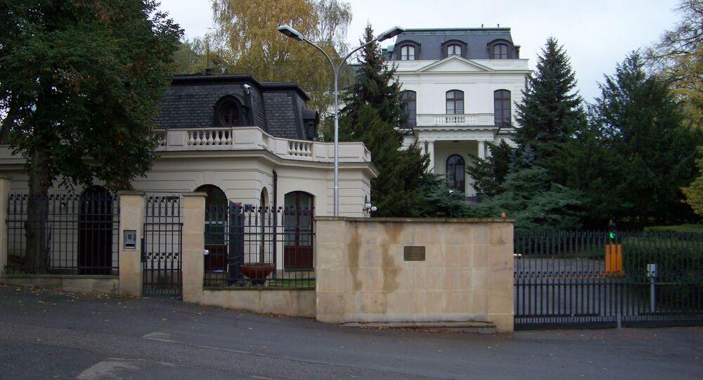 Náměstí Pod kaštany, velvyslanectví Ruské federace