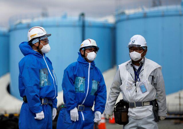 Pracovníci na atomové elektrárně Fukušima 1