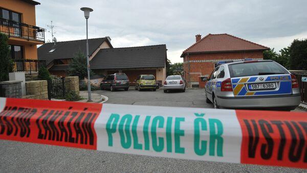 Policejní auto a páska. Illustrační foto - Sputnik Česká republika