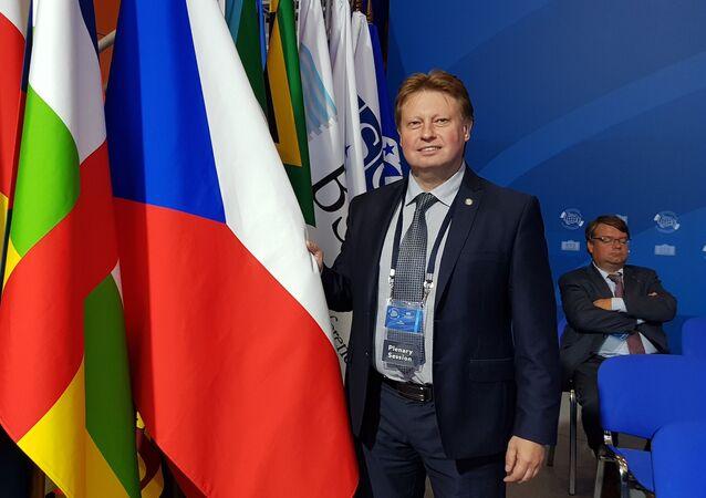 Místopředseda sněmovního výboru pro evropské záležitosti a poslanec za KSČM Jiří Valenta