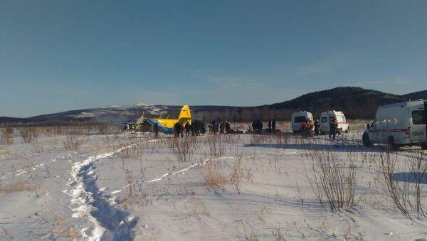 Tvrdé přistání letadla An-2 v Magadanu, Rusko - Sputnik Česká republika
