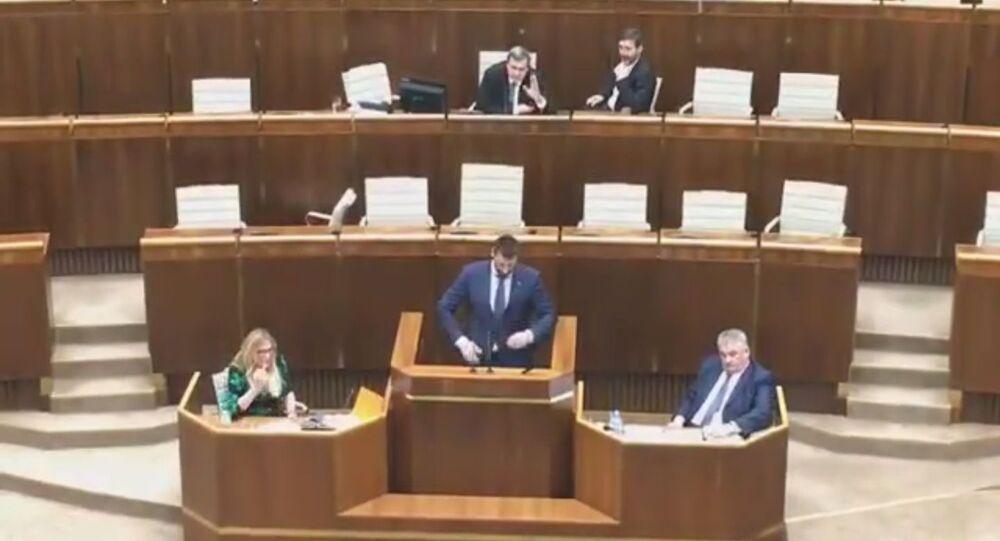 Hádka v parlamentu