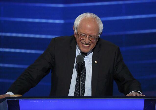 Senátor Bernie Sanders.