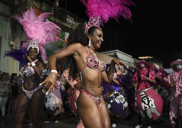 Oslavy karnevalu v Uruguayi.